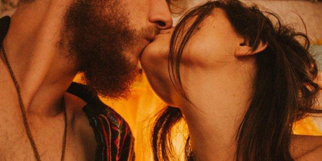 Ερωτικές ιστορίες: «Ο άνδρας μου προτιμά το πορνό»