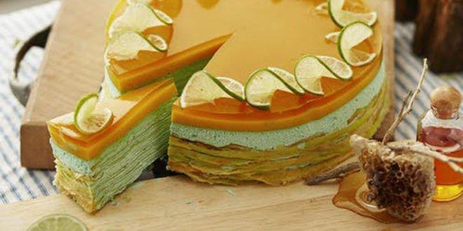 Κέικ με φρούτα. 3 πεντανόστιμες συνταγές για γλυκό με λίγες θερμίδες!