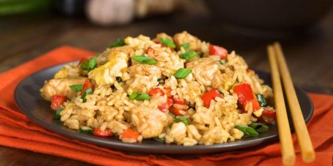 Τηγανητό ρύζι με κοτόπουλο | Το απόλυτο κινέζικο - BORO από την ΑΝΝΑ ΔΡΟΥΖΑ