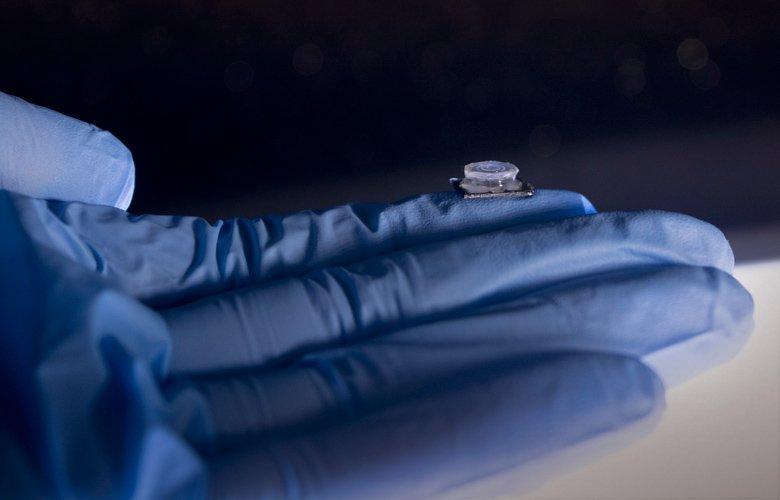 Μικροσυσκευή σε μέγεθος νυχιού ανιχνεύει τον κορονοϊό – News.gr