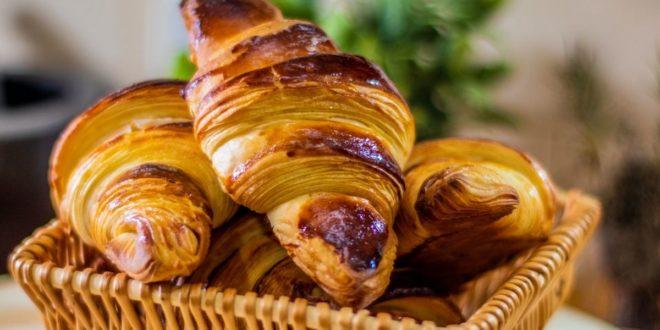 Ανακάλυψε την πιο απλή συνταγή για κρουασάν βουτύρου στο σπίτι!!! - BORO από την ΑΝΝΑ ΔΡΟΥΖΑ