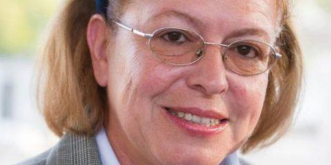 """Λινά Μενδώνη: Ο βίος και η πολιτική καριέρα της """"εξαπατημένης υπουργού"""" - BORO από την ΑΝΝΑ ΔΡΟΥΖΑ"""