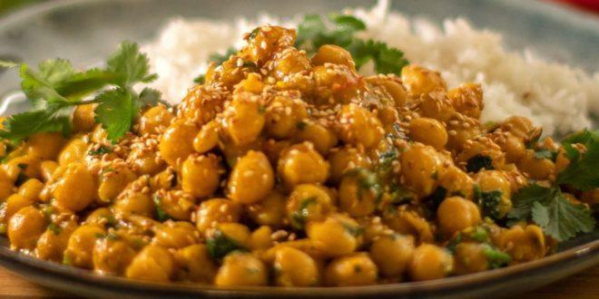 Εναλλακτική βίγκαν συνταγή για ρεβύθια με κάρυ και γάλα καρύδας - BORO από την ΑΝΝΑ ΔΡΟΥΖΑ