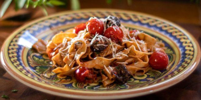 Παπαρδέλες ολικής άλεσης αλά Πουτανέσκα (Αυθεντική συνταγή Νότιας Ιταλίας) - BORO από την ΑΝΝΑ ΔΡΟΥΖΑ