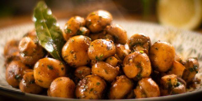 Μανιτάρια με σκόρδο και βότανα (Μόνο 40 θερμίδες και 10 λεπτά μαγείρεμα) - BORO από την ΑΝΝΑ ΔΡΟΥΖΑ