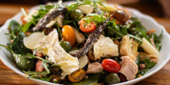 Ανακάλυψε τη συνταγή για τη πιο θρεπτική Μεσογειακή σαλάτα! - BORO από την ΑΝΝΑ ΔΡΟΥΖΑ